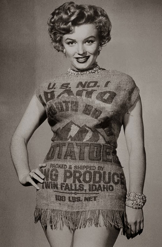 Marilyn-and-the-Potato-Sack-Dress-c-5